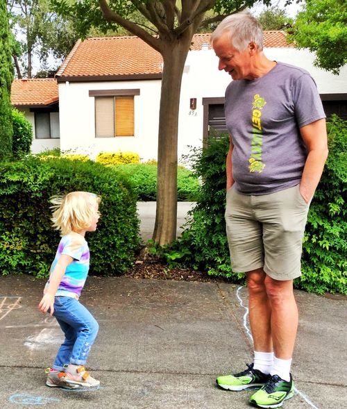 Violet was big into kids' games today. Hopscotch, hide & seek, grandmother's steps, illustrative songs... 13048553