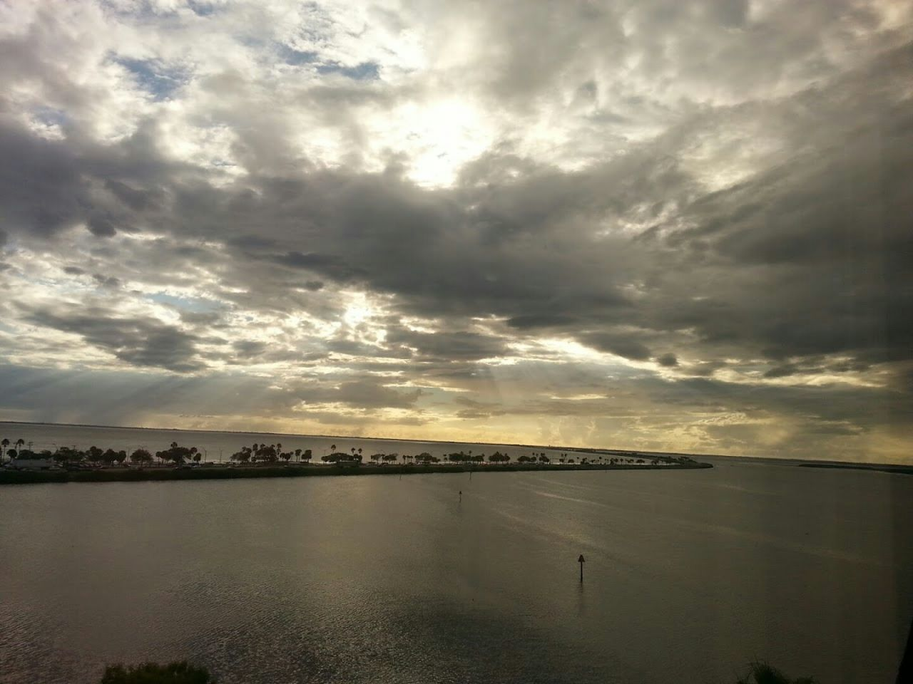 cloud - sky, sky, water, tranquility, beauty in nature, tranquil scene, lake, scenics, no people, nature, reflection, sunset, outdoors, day