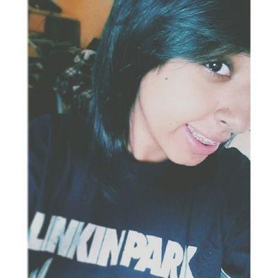É raro uma foto boa assim que você acorda e com o bônus sorriso! Me Selfie Tshirt Linkinpark vscocam