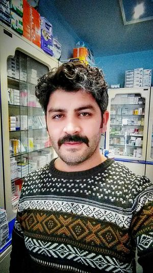 Işyerindenselamlar😺😁 Pharmacy Apoteke Portrait Indoors  One Person Young Adult Only Men Looking At Camera Headshot One Man Only Business Adults Only Adult People Close-up Day