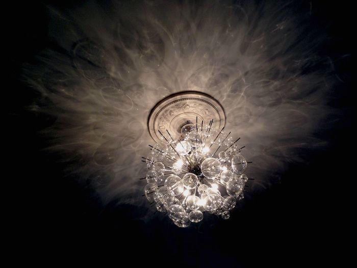"""Urban 4 Filter Light Light And Shadow Sheen Chandelier Glass Light Bulb Ceiling Lights Ceiling Crystal Clear """"Dites-lui que son temps m'est précieux et que dans le chandelier de ma tête flambent toutes ses rêveries."""" André Breton in Poisson Soluble"""