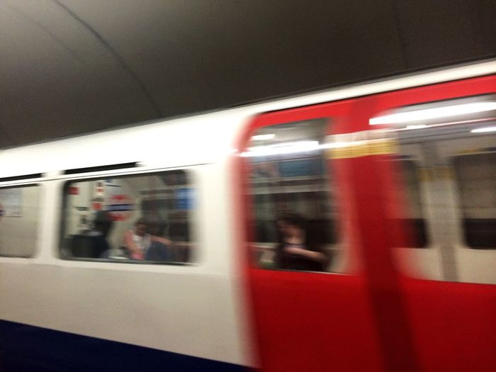 London🚇 Public Transportation Underground Subway Train Train Station Moving Traveling London Tube Blur