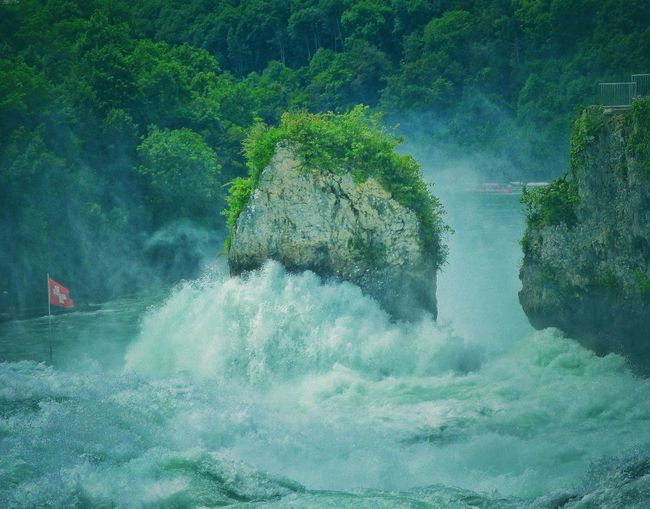 Rocks And Water Rock Landscape_photography Landscape #Nature #photography Landscape_Collection Landscape Waterfall_collection Waterfall Water_collection Water Hello World Taking Photos Rhinefalls Rheinfall Stones & Water