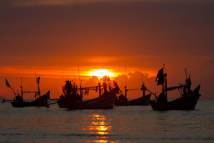 Thailand Beauty In Nature Horizon Over Water Longtail Boat Mode Of Transport Nature Nautical Vessel No People Orange Color Outdoors Reflection Scenics Sea Silhouette Sky Sun Sunset Tranquility Transportation Water