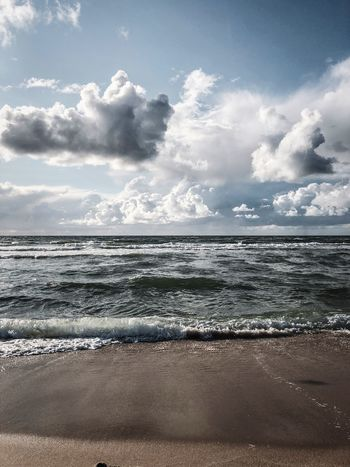 Sky Water Cloud - Sky Beach Sea Land Scenics - Nature No People Horizon Over Water Horizon Outdoors Nature Tranquil Scene Idyllic Beauty In Nature Non-urban Scene Tranquility Day Motion