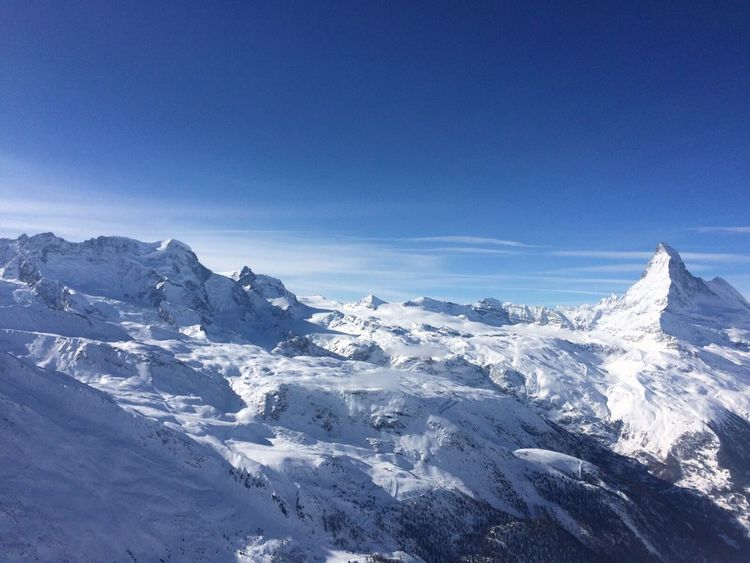 Snow ❄ Zermatt Skiing 🎿 Matterhorn  Winterwonderland