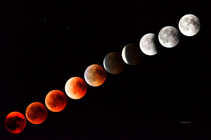 Fase finale dell'eclissi di luna del 27 luglio 2018 Astronomy Beauty In Nature Circle Eclipse Full Moon Low Angle View Moon Moon Surface Moonlight Natural Phenomenon Nature Night Orange Color Outdoors Sky Space