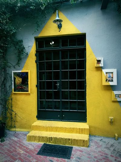 Building Exterior Built Structure Yellow Window No People Day Colour Photography White And Yellow Wall Outdoors Photo Frames