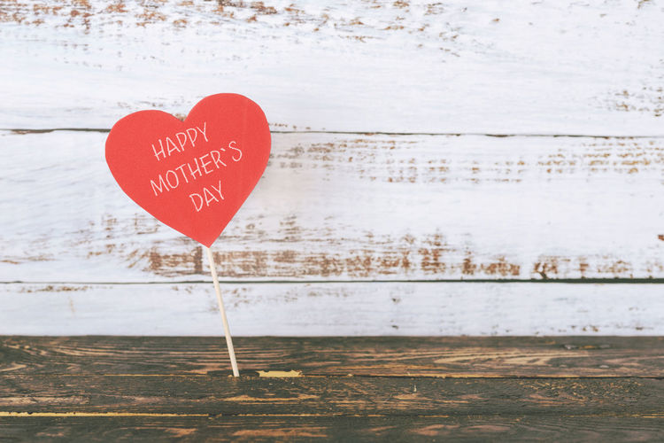 Heart Shape Positive Emotion Love Text Emotion Happy Mother's Day Mother Mom Love Family Heart Motherhood Decoration Decorative Symbol Backgrounds Red Celebrate Text Message Party Celebration