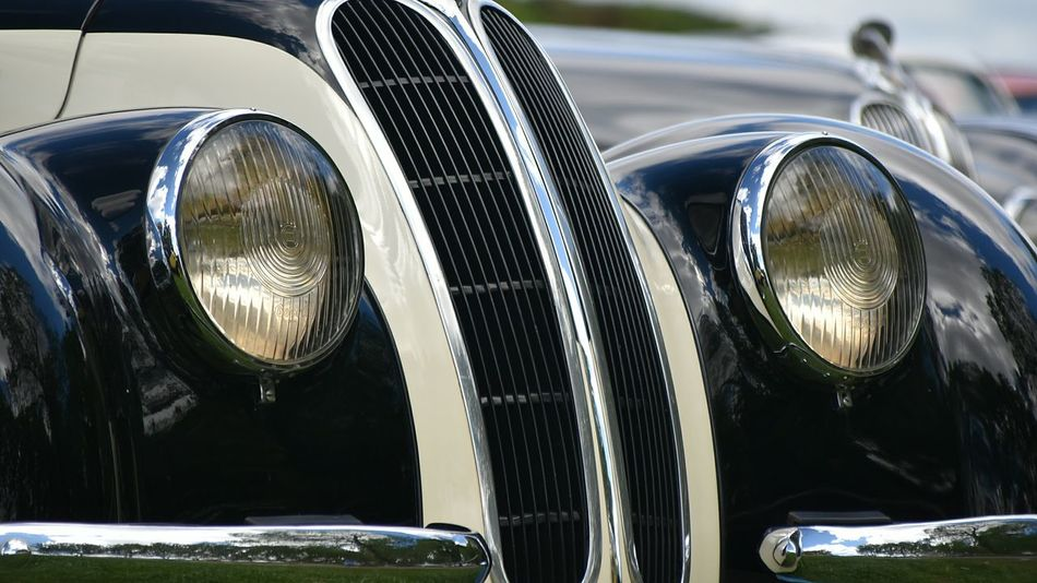 NikonD5500 Nikon TakeoverContrast TheWeekOnEyeEM Colors And Patterns Bmwlove Bmw Museum Bmw Car Bmw Bmw Vintage Classic Chrome Antique Car Classic Car Photography Classic Cars Vintage Luxury Classic Car 1930 Vehicles Light Cars Old-fashioned Chrome Vintage Fashion Vehicle Hood 1930s Close-up