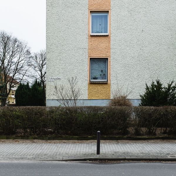 Built Structure Building Exterior Architecture No People Outdoors Tree Day Nature Sky Close-up Hausfassade Façade Suburban Landscape DDR-Architektur