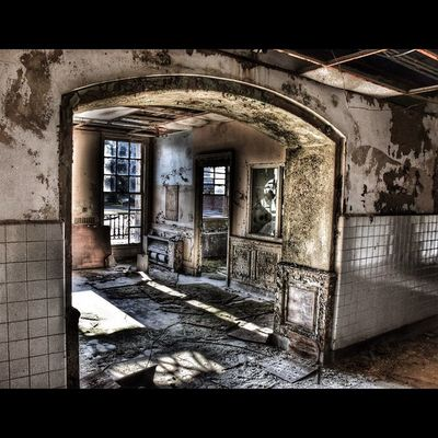 Rsa_doorsandwindows Tv_urbex Hdr_professional IWANNABEHDRpVIP Ig_urbex Decay_nation Decay_of_today All_is_abandoned Urbanexplorermag