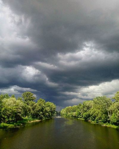 Sumy Сумы суми Sumypics Sumygram Instasumy VSCO Vscosumy May Spring Photosumy Sumyblog Sumyphotoblog Clouds Rainy Storm Light Contrast River плел