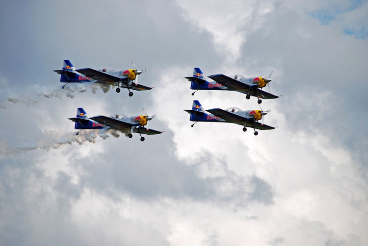 Air Vehicle Airplane Airpower Airpower 09 Airshow Flying Formatin Flying Formation Formation Flight Formation Flying Kunstflug Kunstflugstaffel Kunstflugzeug Mode Of Transport Multi Colored No People Sky Staffel Teamwork