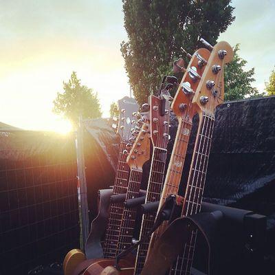 Wo ist denn der Sommer schon wieder hin? Vorfreude auf kommende Festivals. Thefogjoggers Festival Sommer Fender bass epiphone guitar