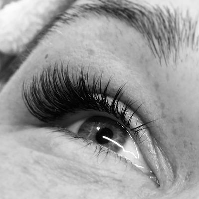 Fluffy lashes 😍 Vippeextensions Vipper Lashextensions Holmestrand Vestfold Toneliseakademiet Negledrømmen Vippeextensions