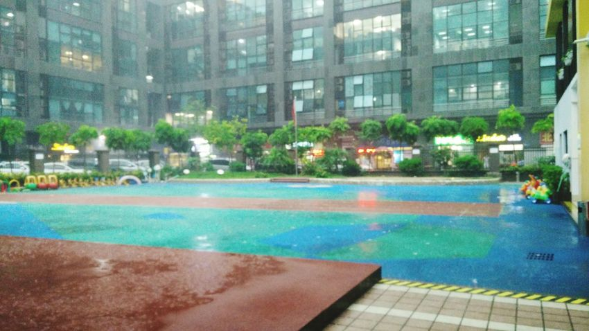The super heavy rain From The Rooftop