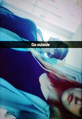 Megyünk ki Go Outside Gehen Sie Nacht Draußen