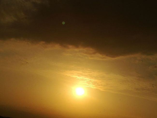 Sunset Gold Colored Outdoors Sunlight No People Beauty In Nature Yellow Sun Beauty Skycollection Orange Color EyeEm Best Shots - Landscape Beauty In Nature Dramatic Sky Sunlight France Sunset And Clouds