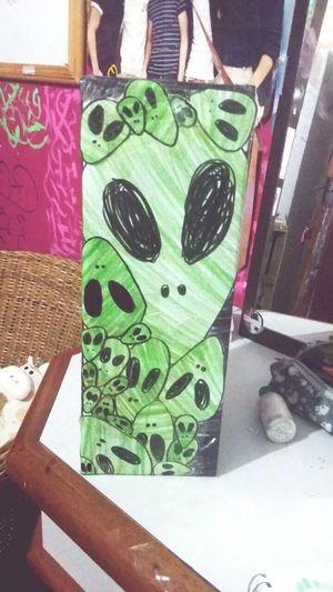 Aliens Caixa