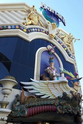 Multi Colored Arts Culture And Entertainment No People Outdoors Day Las Vegas Travel Destinations Low Angle View Built Structure Architecture Harrah's Vegas Figures Sculpture Bright Colors Bold
