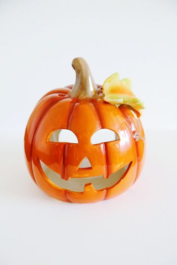 Jack o lantern in isolated white background Isolated White Background October Autumnbeauty Dnia September Halloween EyeEm Halloween Horrors Halloween Pumpkins Decoration Decor Pumpkin Autumn Jack O Lantern Orange Color Carving - Craft Product Autumn Collection Smiley Face Squash - Vegetable Fall