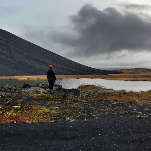 Explorer Trekking Volcano Icelandic Nature