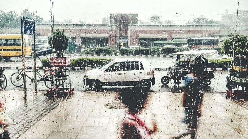 Mizzle Rain Rainy Days Subway Station Delhi Metro Metro Wet Girls Adventures In The City