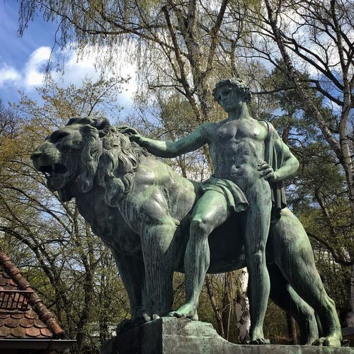 Zoo Sculpture