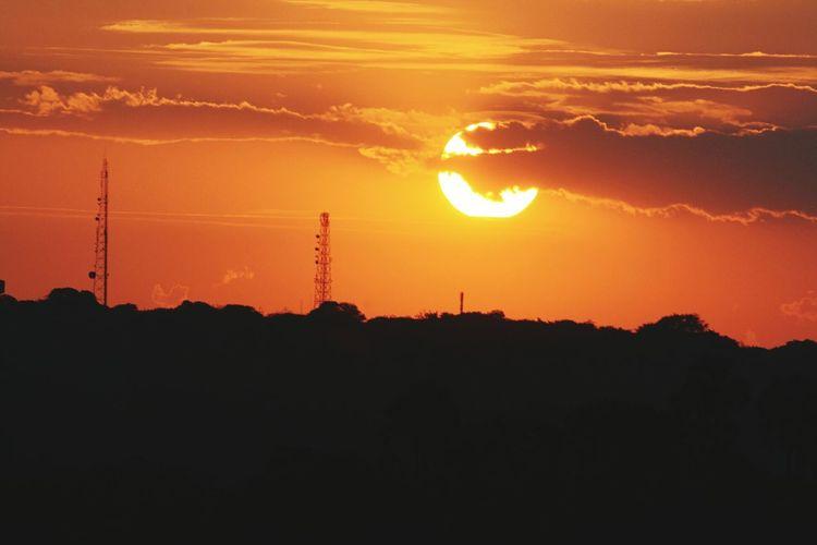 Zambia Vs Zimbabwe Livingstone  Sunset Zambia Zambesi Sambezi Victoriafalls Hello World