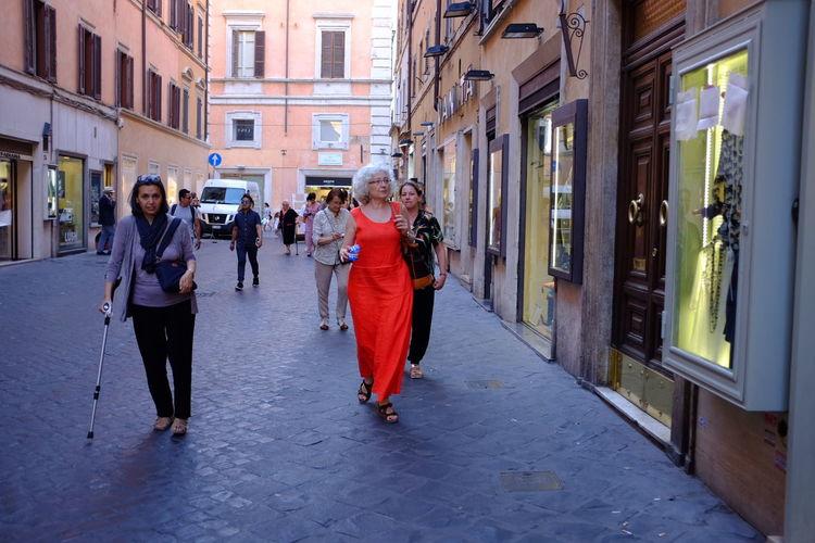 Casual Day Fashion Fontana Di Trevi Red Roma Streetphotography Via Condotti X100t