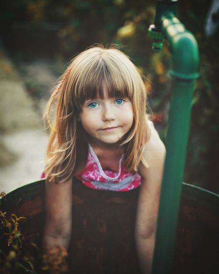 Girls Looking At Camera Front View Portrait One Girl Only Children Only Child Close-up Blond Hair Canon 6d Full Frame Orsena _photography Capture The Moment Sweet Girl
