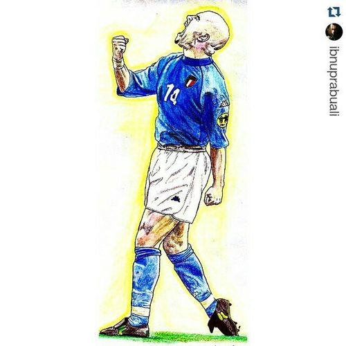 Repost @ibnuprabuali with @repostapp ・・・ Art Illustration Drawing Draw Picture Photography Artist Sketch Sketchbook Paper Pen Pencil Artsy Instaart Gallery Masterpiece Creative Instaartist Graphic Graphics Artoftheday Football Soccer Italy italia dibaggio luigidibaggio luigidibiaggio dibiaggio