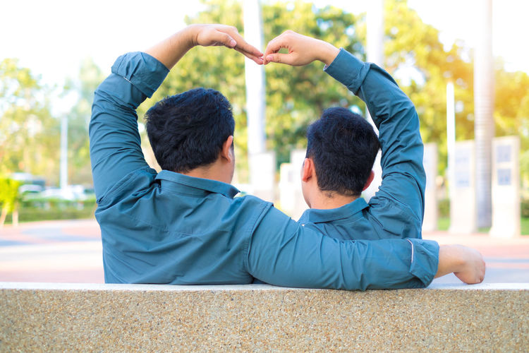 Asian  Couple Happiness Love Lovers Relationship Romance Romantic Young Bonding Boyfriend Gay Gay Boy Happıness Heart Hearts Homosexuals Men People person Togetherness Two People