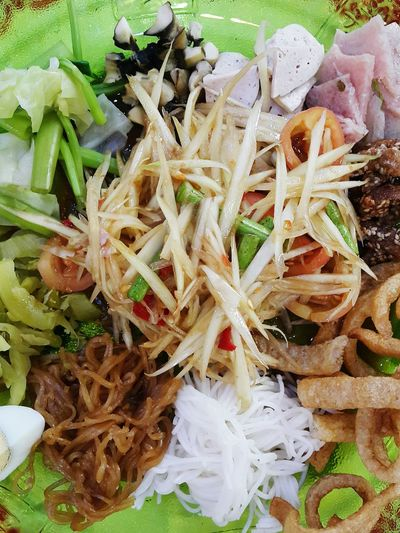 Papaya Salad with Fermented Fish Thai Esan Food อาหารไทยอีสาน Thai Food Hot And Spicy Papaya Salad Yummy Delicious Foodphotography ส้มตำถาด Thai Style Food High Angle View Close-up Food And Drink