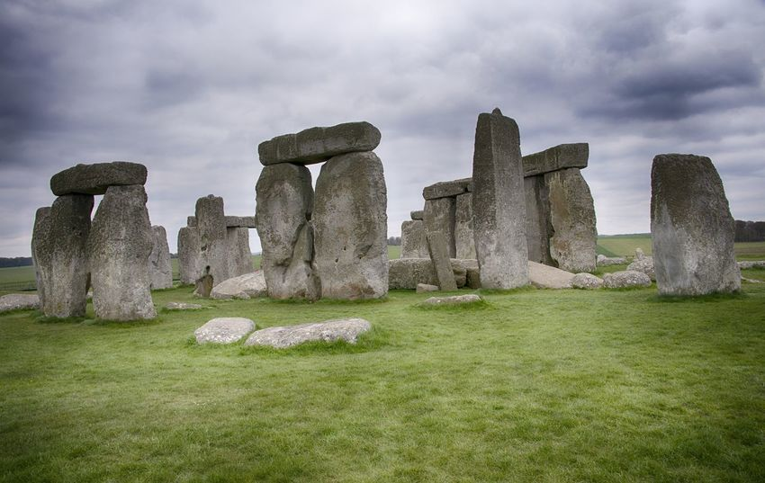 Stonehenge Memorial Ancient Ancient Civilization Beauty In Nature Cloud - Sky Day Grass History Nature No People Outdoors Sky Stonehenge Travel Destinations