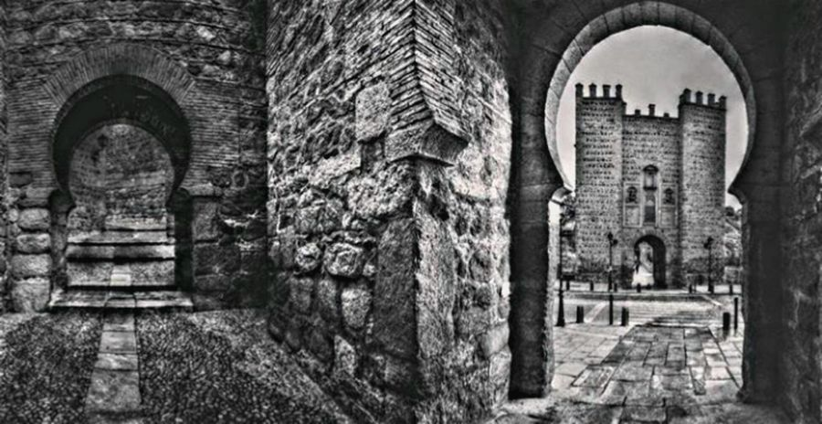 Toledo Spain Imperial City Blackandwhite Black And White Arch Architecture Built Structure Building Exterior History Old Ruin The Past Ancient No People Brick Wall Outdoors Day Medieval Ancient Civilization First Eyeem Photo Architecture UNESCO World Heritage Site Historic City EyeEm