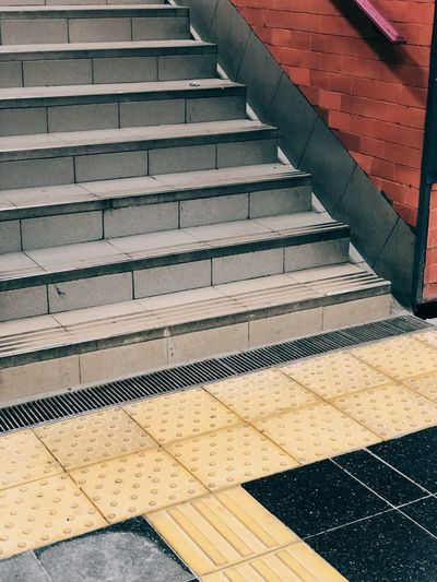Subte Staircase Pattern Steps And Staircases Architecture High Angle View No People Flooring Built Structure Railing Direction Day The Way Forward Footpath Tile Sunlight Tiled Floor Transportation Shadow Outdoors Nature