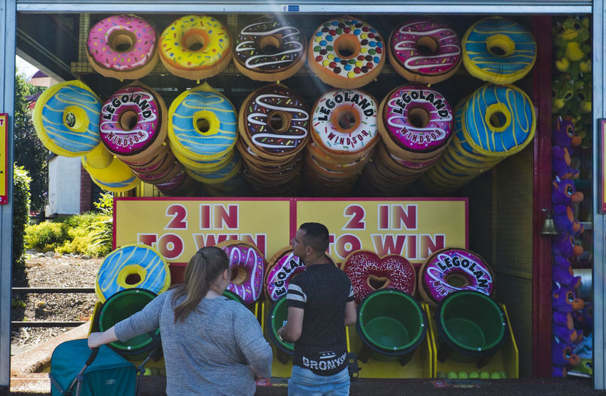A market stall selling soft donuts on 2nd of July 2018 in London, United Kingdom. (photo by Lorenzo Grifantini) Business Donuts Street Tree Color England Market Stall Uk