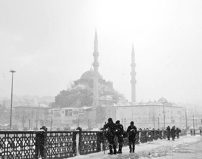 City Travel Destinations Architecture Snow Istanbul Eminönü/ İstanbul Winter Snowing People Cold Temperature Large Group Of People Outdoors Streetphotography Istanbul Travel Photography