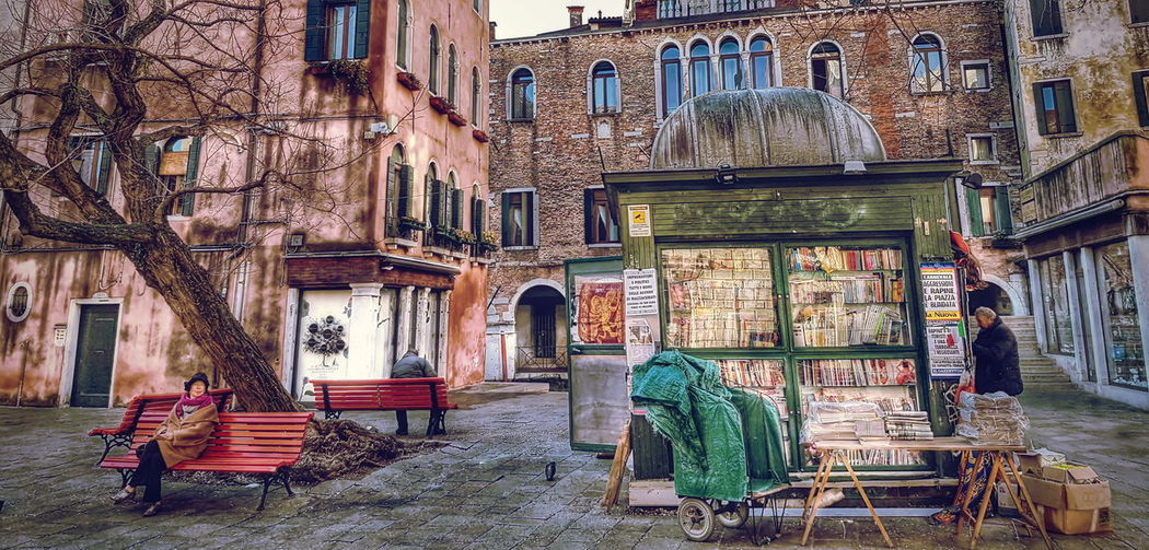 Rustic Style Rustic Beauty Rustic Charm City Outdoors Travel Destinations Building Exterior Venice Italy Venice Real People Street Life Street Photo Urban Venice Your Ticket To Europe