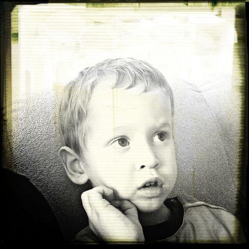 Младший, двоюродный брат)