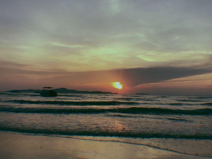 Sky Cloud - Sky Scenics - Nature Sea Beauty In Nature Water Sunset