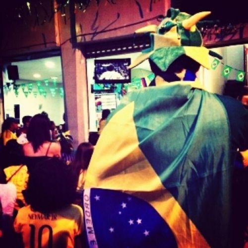 Muito sufoco,mais conseguimos ganhar da colombia Worldcup14 Jogoduro Aguentacoração Colombiafoiprosaco