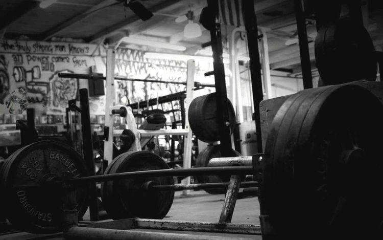 Shades Of Grey Sculpting A Perfect Body Fitnessmotivation Blackandwhite Eyem Best Shots EyeEm Best Shots Fitnesslifestyle  Eye4photography  Gym<3 BodybuilderLifeStyle