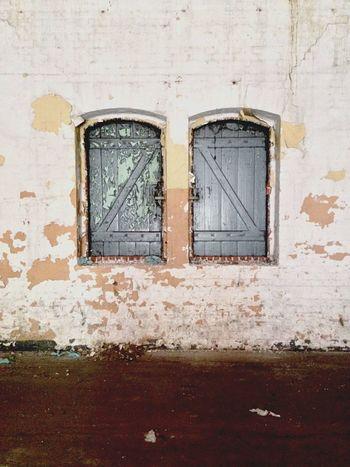 EEA3-Toruń Window Squatters Squat Share Your Adventure