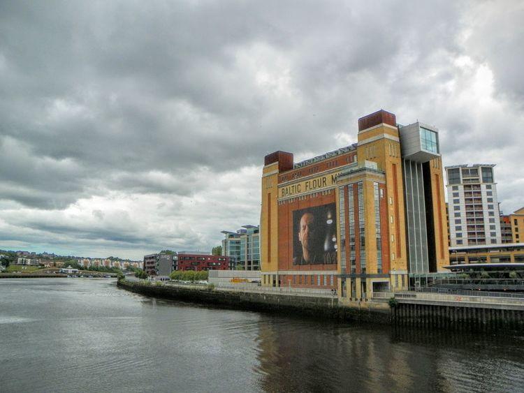 Architecture Building Exterior Built Structure Cloud - Sky Overcast River River Tyne, Sky