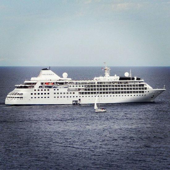 """One of the """"smaller"""" boats now visiting Port de Sóller too... Portdesóller Mallorca Baleares SPAIN"""