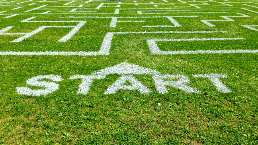 Coach Green Color Labyrinth Troubleshooting Day Encouragement Grass Green Color Hindernislauf Hinderniss Marriage  Nature No People Outdoors Playing Field Problems Sport Start Start Something New Startup Training Turf