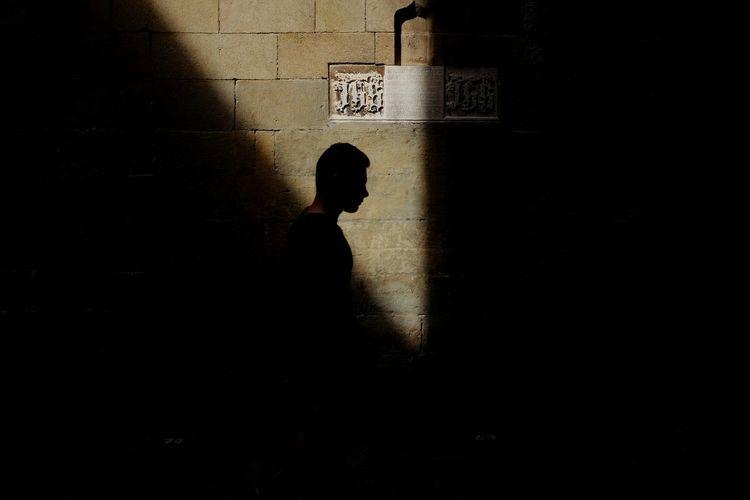 Silhouette man shadow on wall